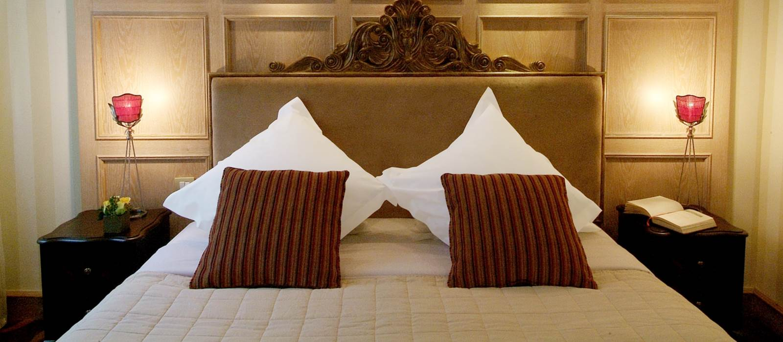 chambres d 39 h tel de luxe amarante champs elys es paris. Black Bedroom Furniture Sets. Home Design Ideas